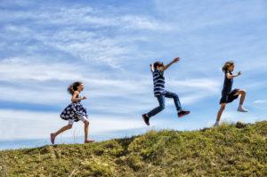 6 tips for raising financially savvy kids